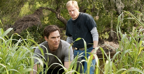 Matthe-McConaughey-and-Woody-Harrelson-in-True-Detective-Season-1-Episode-5